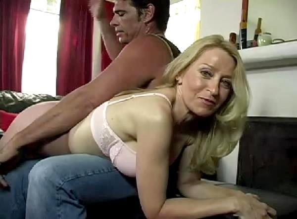 Teen couples mutual masturbation
