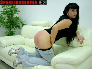 Yvonne (3)