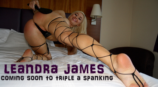 Hard Spanking / Tears and screams from punishments :