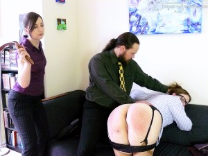 Dreams-of-Spanking_intimidation018