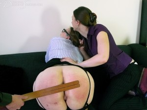 Dreams-of-Spanking_intimidation032