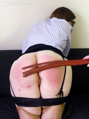 Dreams-of-Spanking_intimidation050