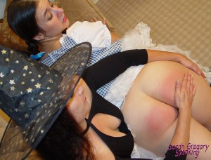 0138_spankings_in_oz_gal1-030