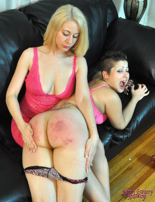 0154_red_bottomed_revenge_gal1-039