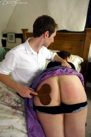 Dreams-of-Spanking_date039