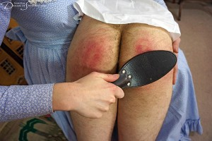 Dreams-of-Spanking_stepmother041