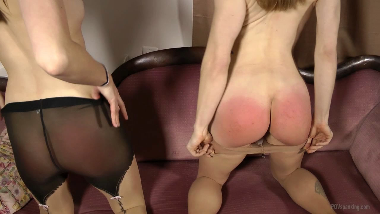 Girl lovely tears on pantyhose is Sachen