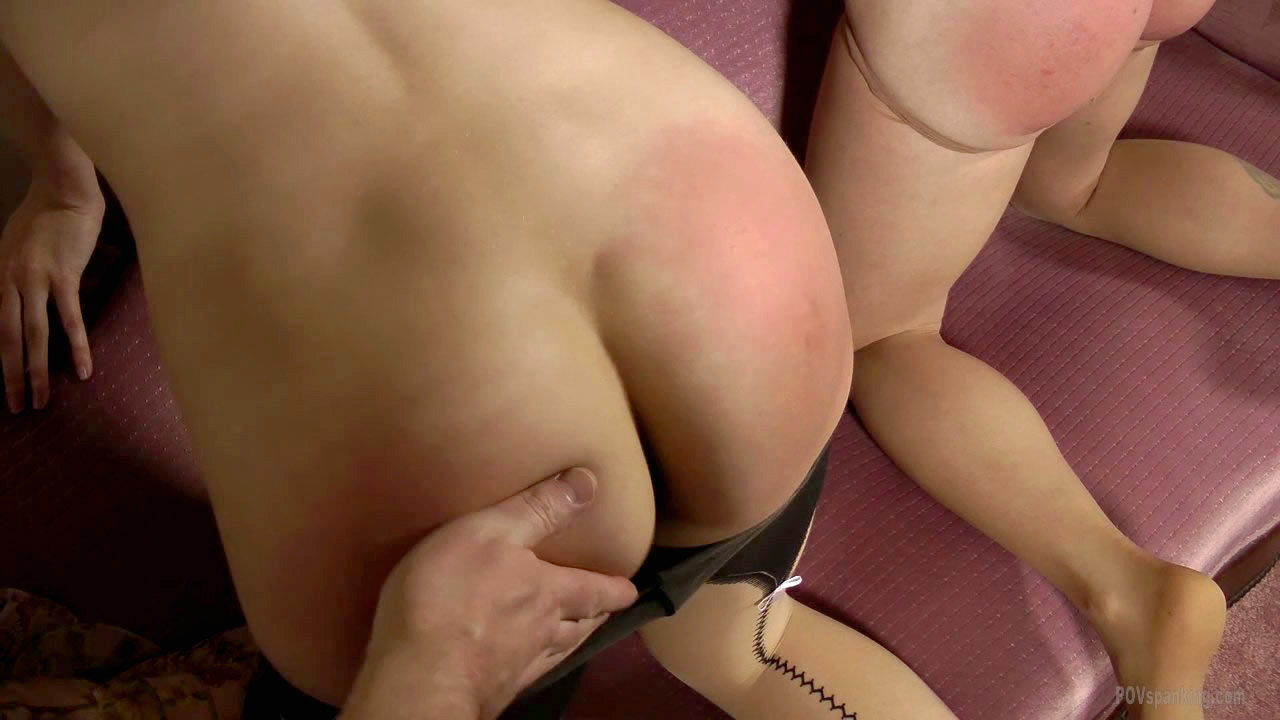 Something also Tears on pantyhose is very