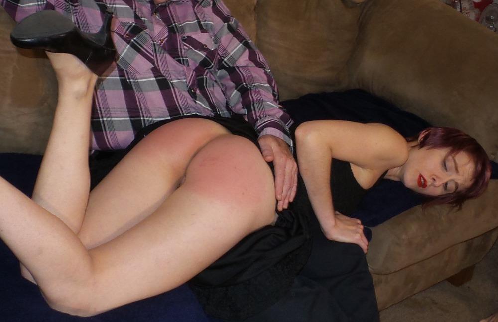 Lesbian group pussy spank