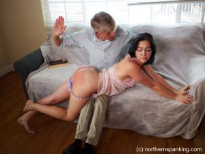 spanked at home by her daddy