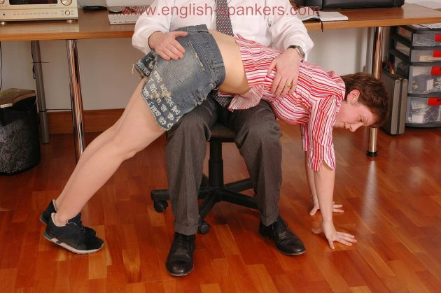 The School Leaver - at english-spankers.com