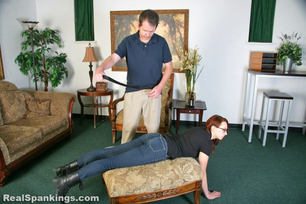 annabelle strapped at realspankings