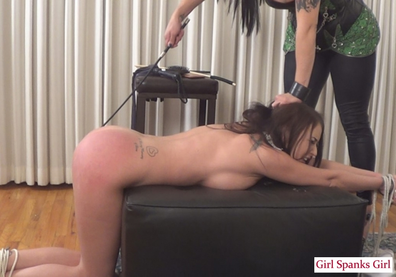 Young Girls Tied Vibrator Crotch